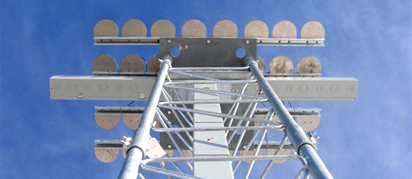 The IMCS antenna array at Amundsen-Scott South Pole Station.